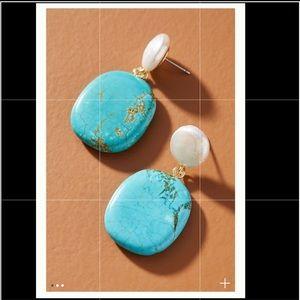 Anthropologie Eloise pearl drop earring